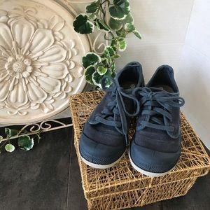 Boys Canvas Palladium Shoes